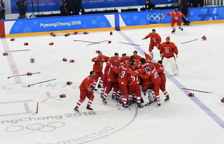 Россия — Германия 4:3! Тамбовчане болели в автобусах, кафе и даже на улицах, фото-3, Фото: sport-express.ru