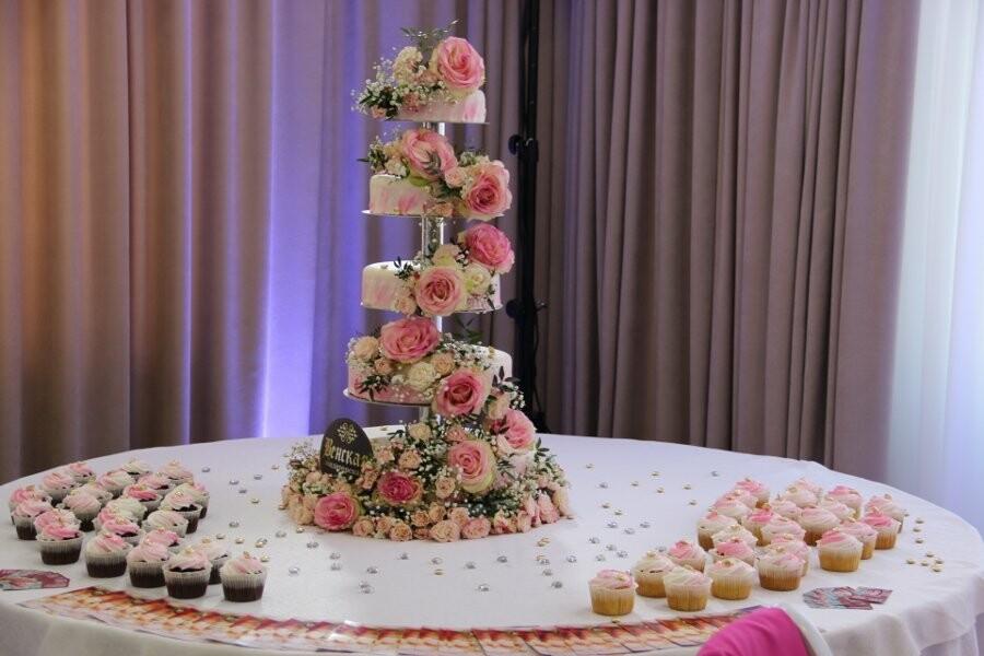 Тамбовчанам предлагают оформлять свадьбы «мертвыми» цветами, фото-8