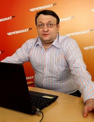 Редактор официального сайта первенства ВХЛ Максим Лебедев