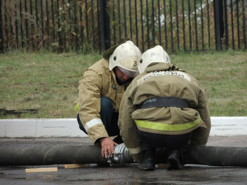 В пожаре на Котовском пороховом заводе пострадал рабочий, фото-1