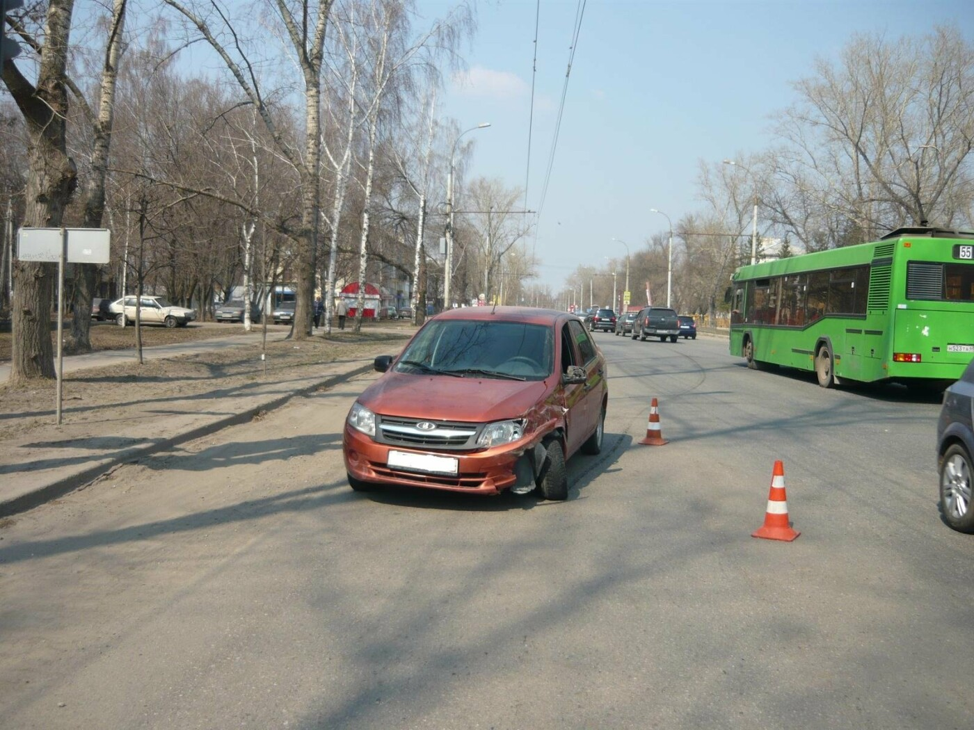 В Тамбове разыскивают водителя, который протаранил два автомобиля, фото-1