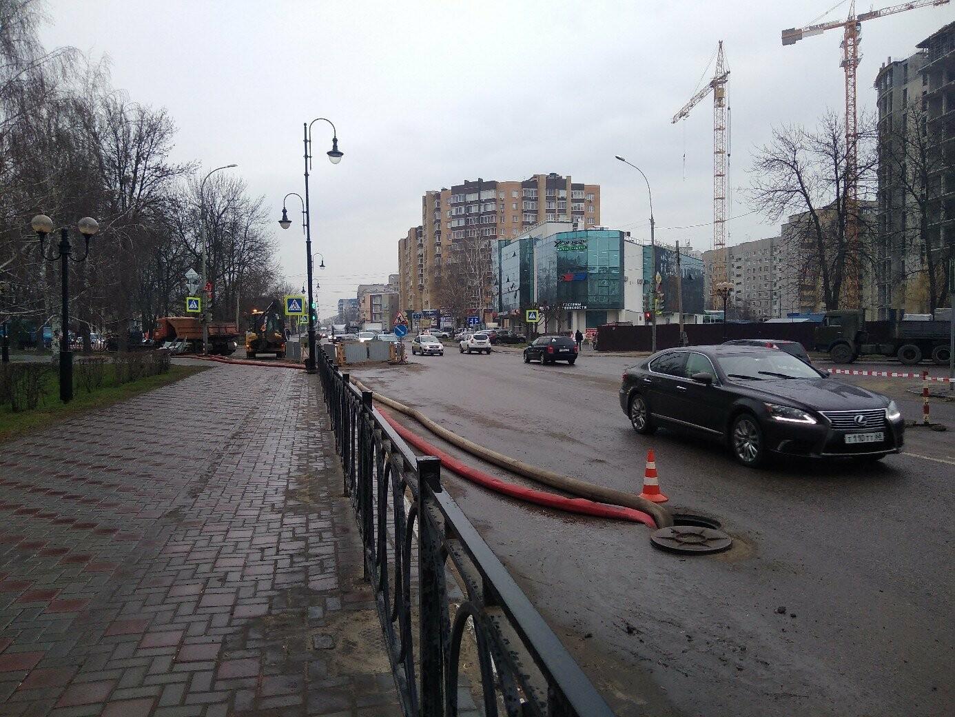 В Тамбове спустя две недели ремонтируют коллектор на К. Маркса/Мичуринской , фото-2