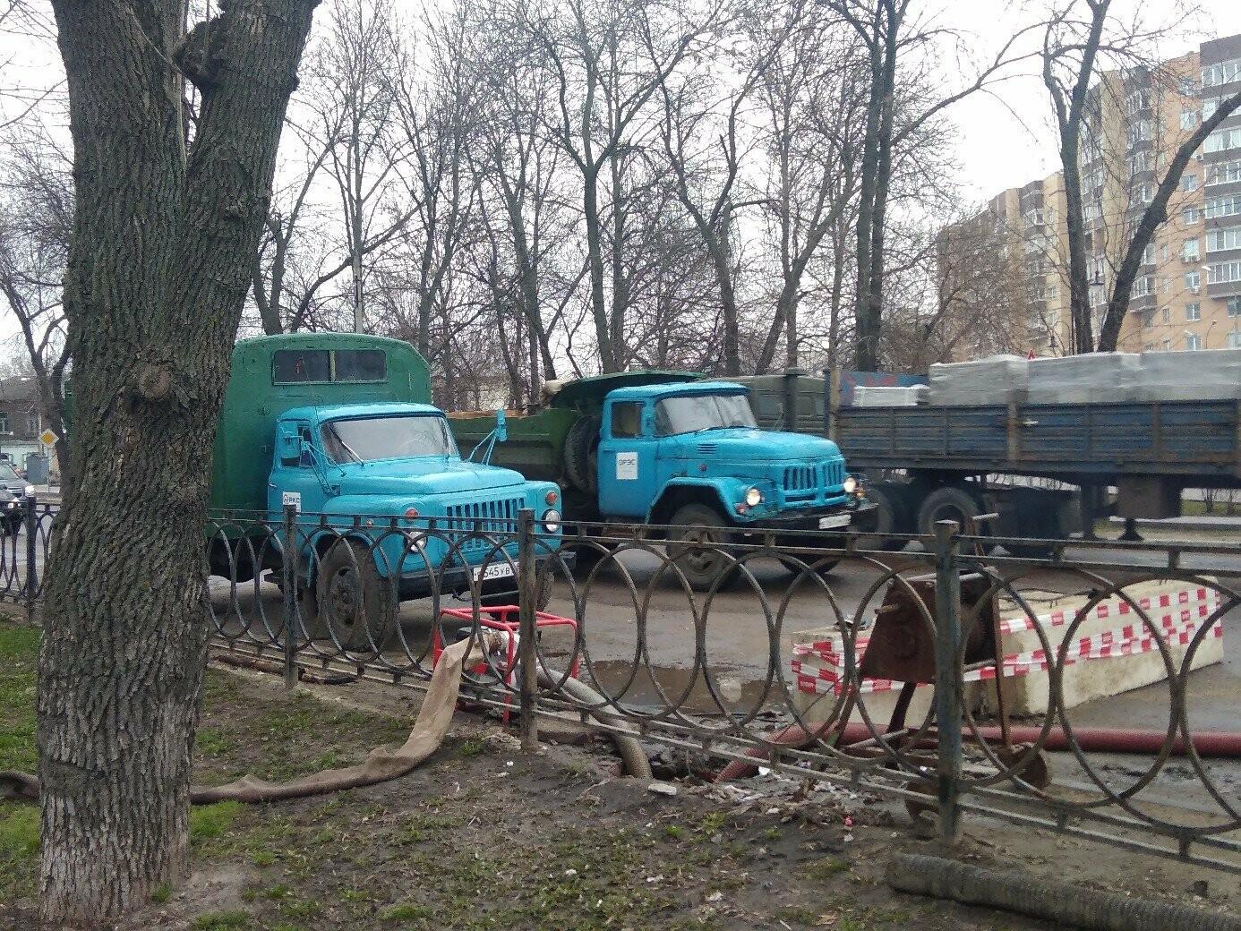 В Тамбове спустя две недели ремонтируют коллектор на К. Маркса/Мичуринской , фото-1