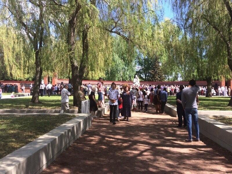 В Тамбове возложили венки на Воздвиженском кладбище, фото-1