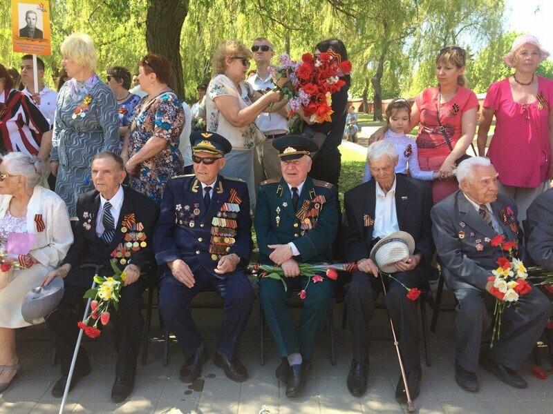 В Тамбове возложили венки на Воздвиженском кладбище, фото-3