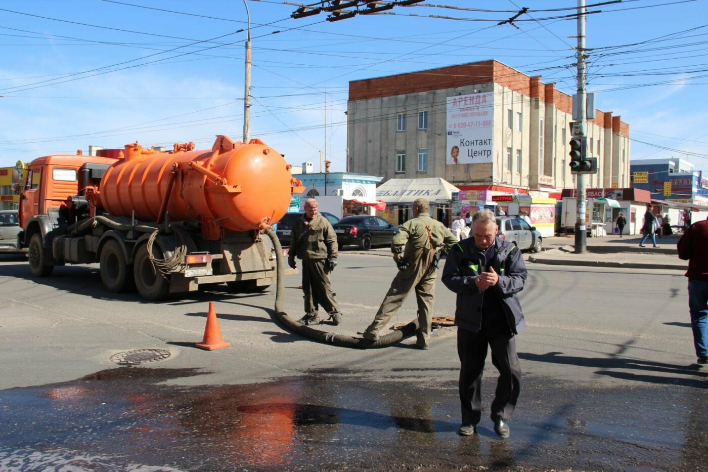 Тамбов у Центрального рынка тонет в сточных водах, фото-2