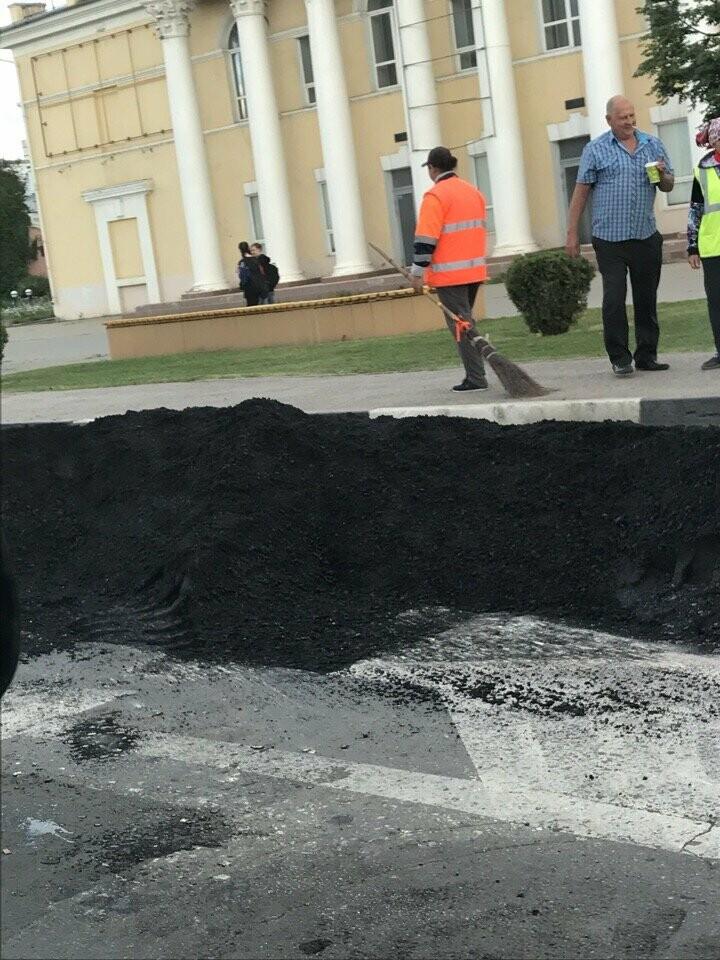 Ко Дню города экстренно асфальтируют центр Тамбова, фото-3