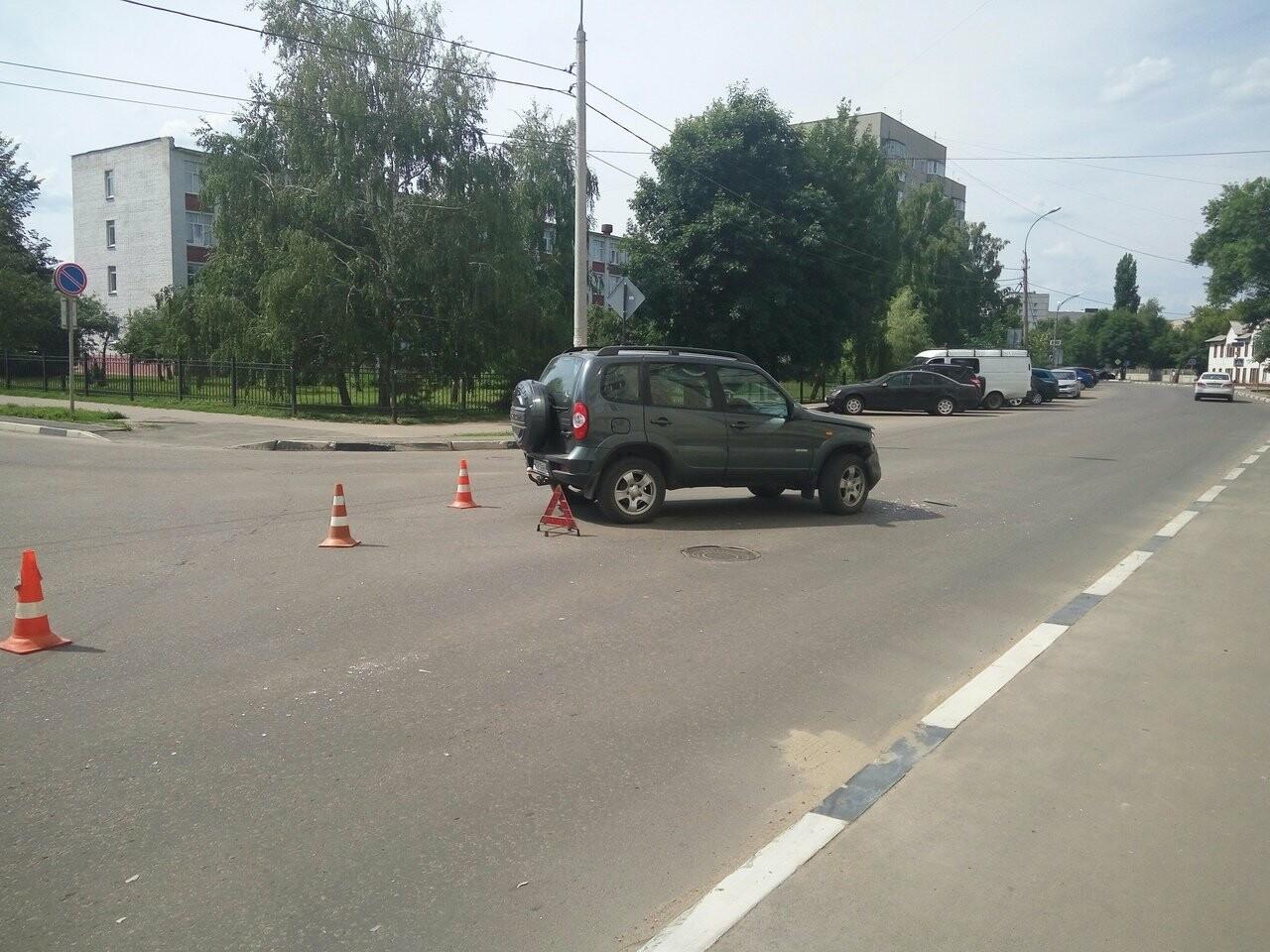 В Тамбове на улице Бориса Васильева «Опель» пробил бетонную стену , фото-6