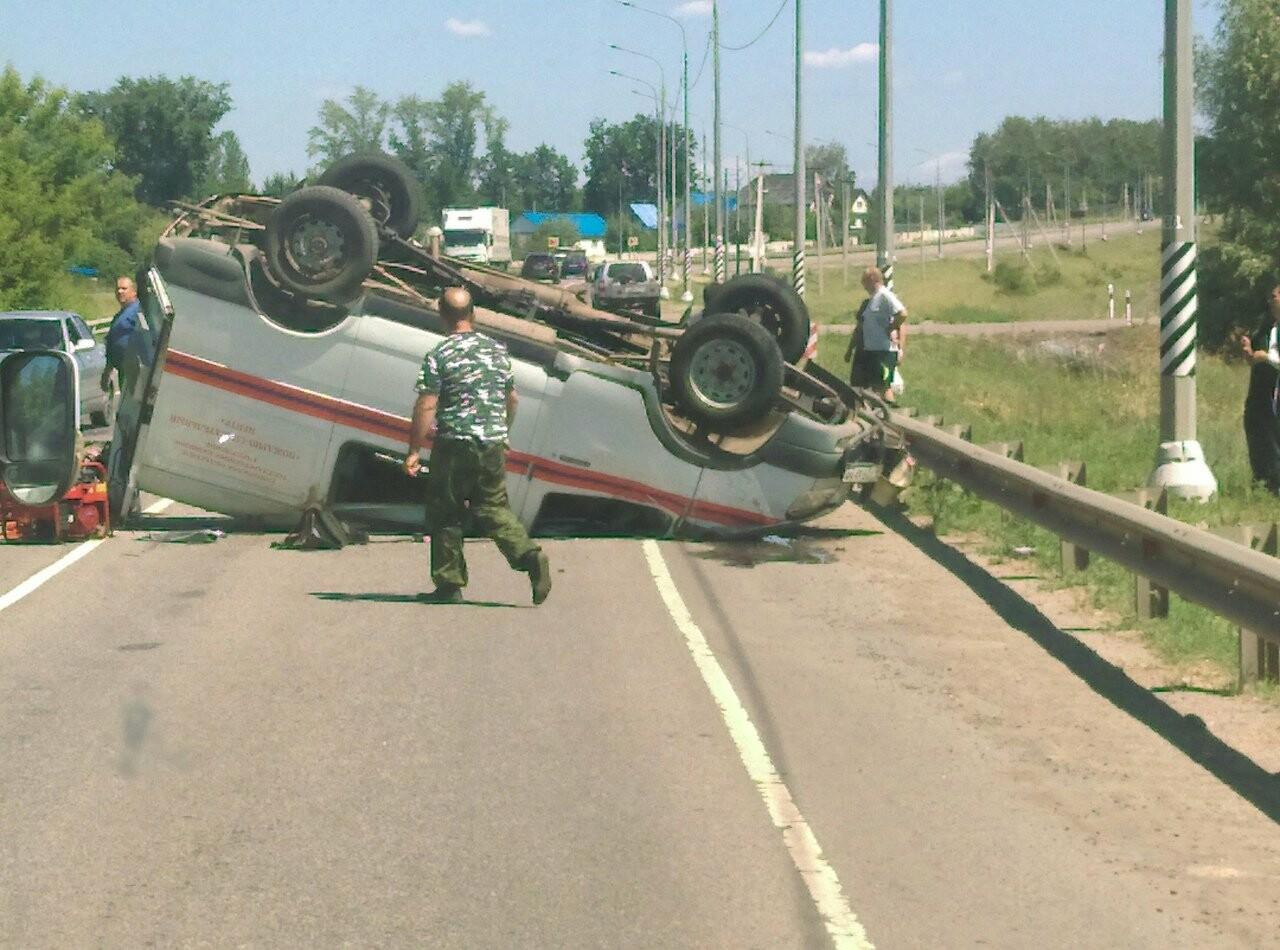 На трассе под Тамбовом перевернулся «Соболь» со спасателями, фото-3