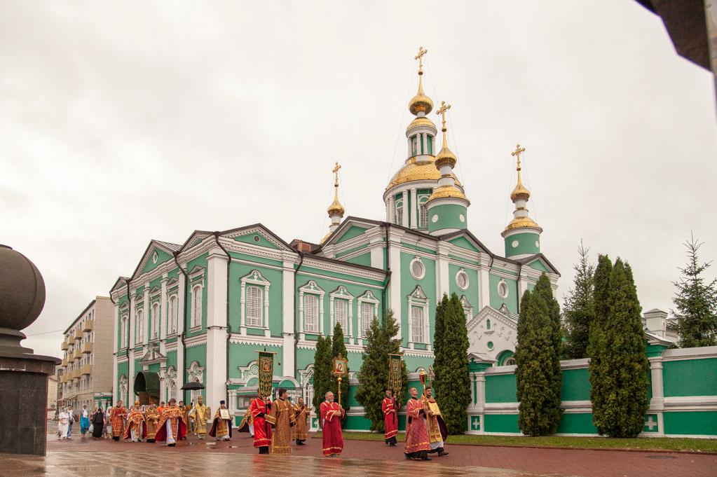 Тамбовчане помолились о расстрелянной царской семье , фото-1