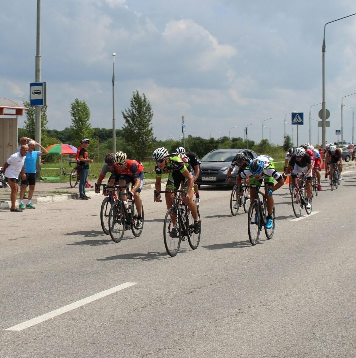 Тамбовчане стали лучшими на велогонках в Белгороде, фото-1