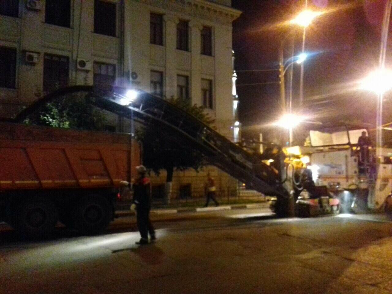 В Тамбове на улице Горького ремонтируют дорогу, фото-1