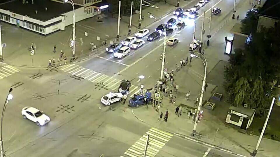 """После очередного ДТП на """"перекрестке смерти"""" в центре Тамбова запретили левый поворот , фото-2"""