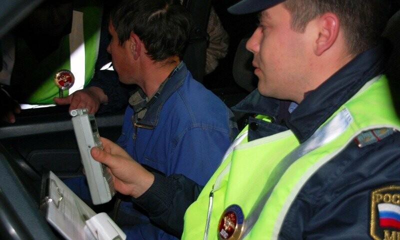 Житель Мичуринского района хотел «выкупить» права , фото-1