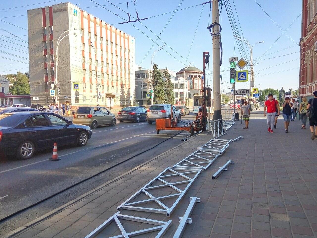 На пересечении Московской и Советской в Тамбове установили ограждения, фото-5