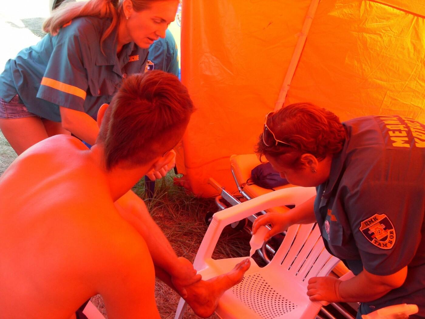 Гости «Чернозёма» получали лечение прямо в полевых условиях, фото-1