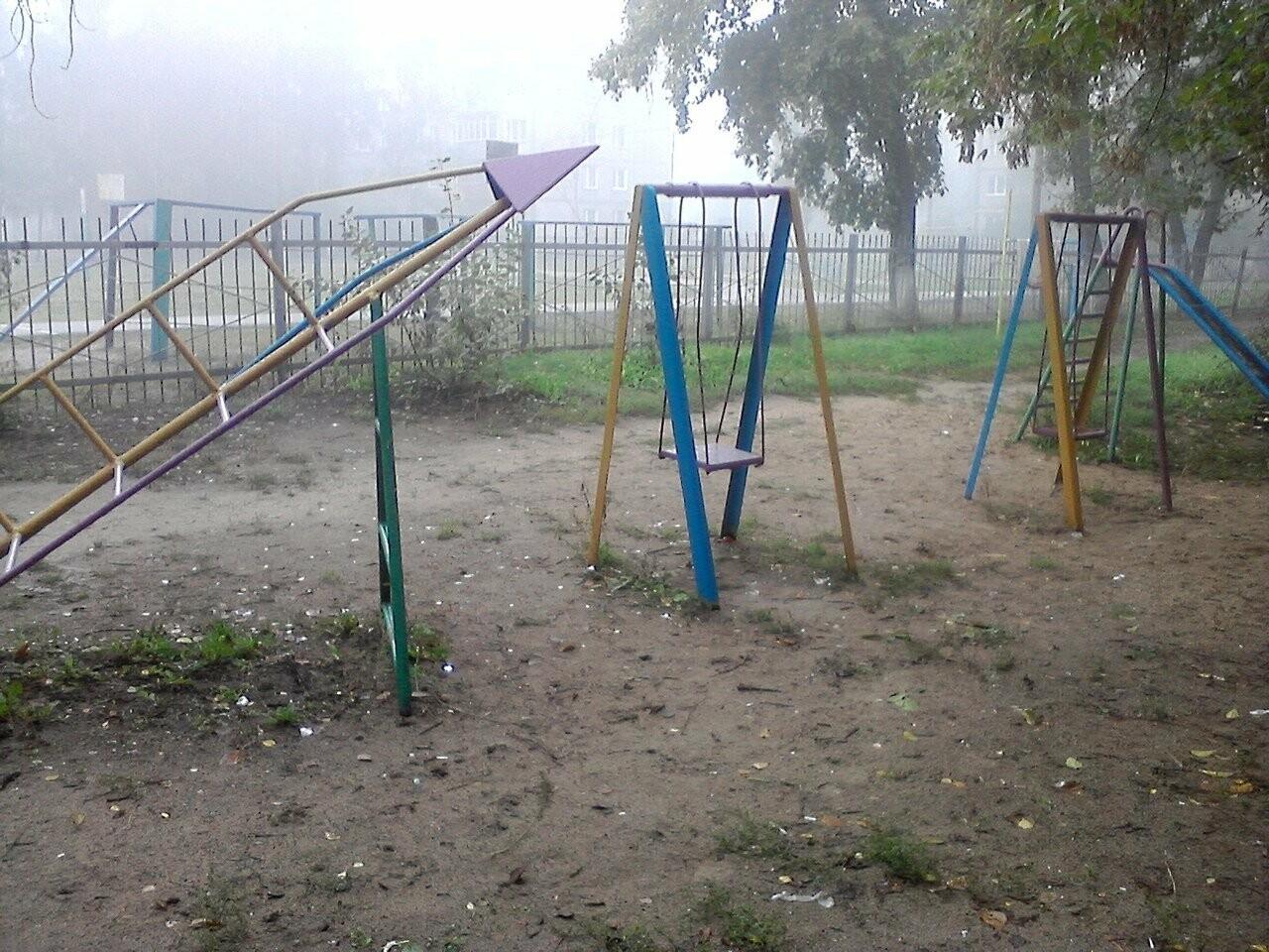 В Тамбове нашли опасные детские площадки, фото-1