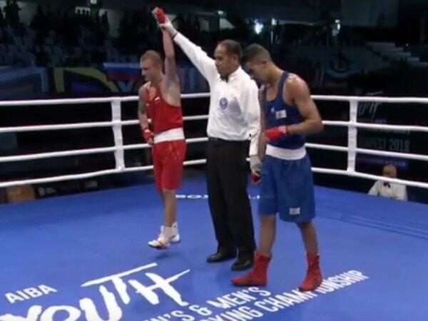 Тамбовский боксер отправил алжирца в нокдаун, фото-1
