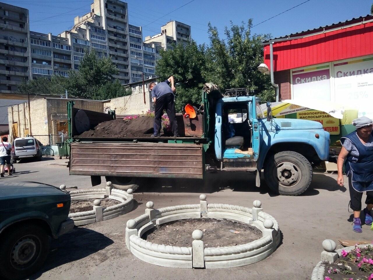 В Тамбове торговцев загнали за забор, фото-2