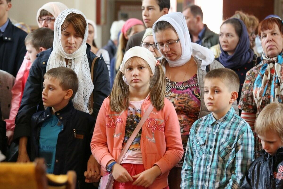 Юные тамбовчане спешат помолиться перед учебным годом, фото-4