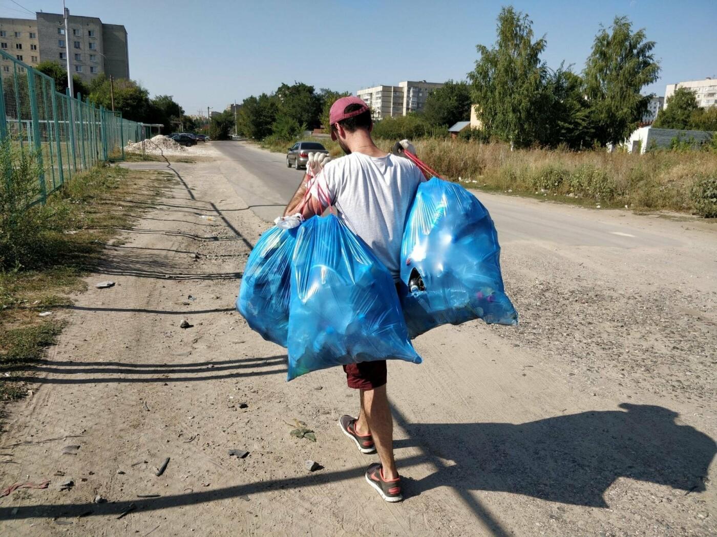 В Тамбове активисты вдвоём убрали Красненский карьер, фото-2