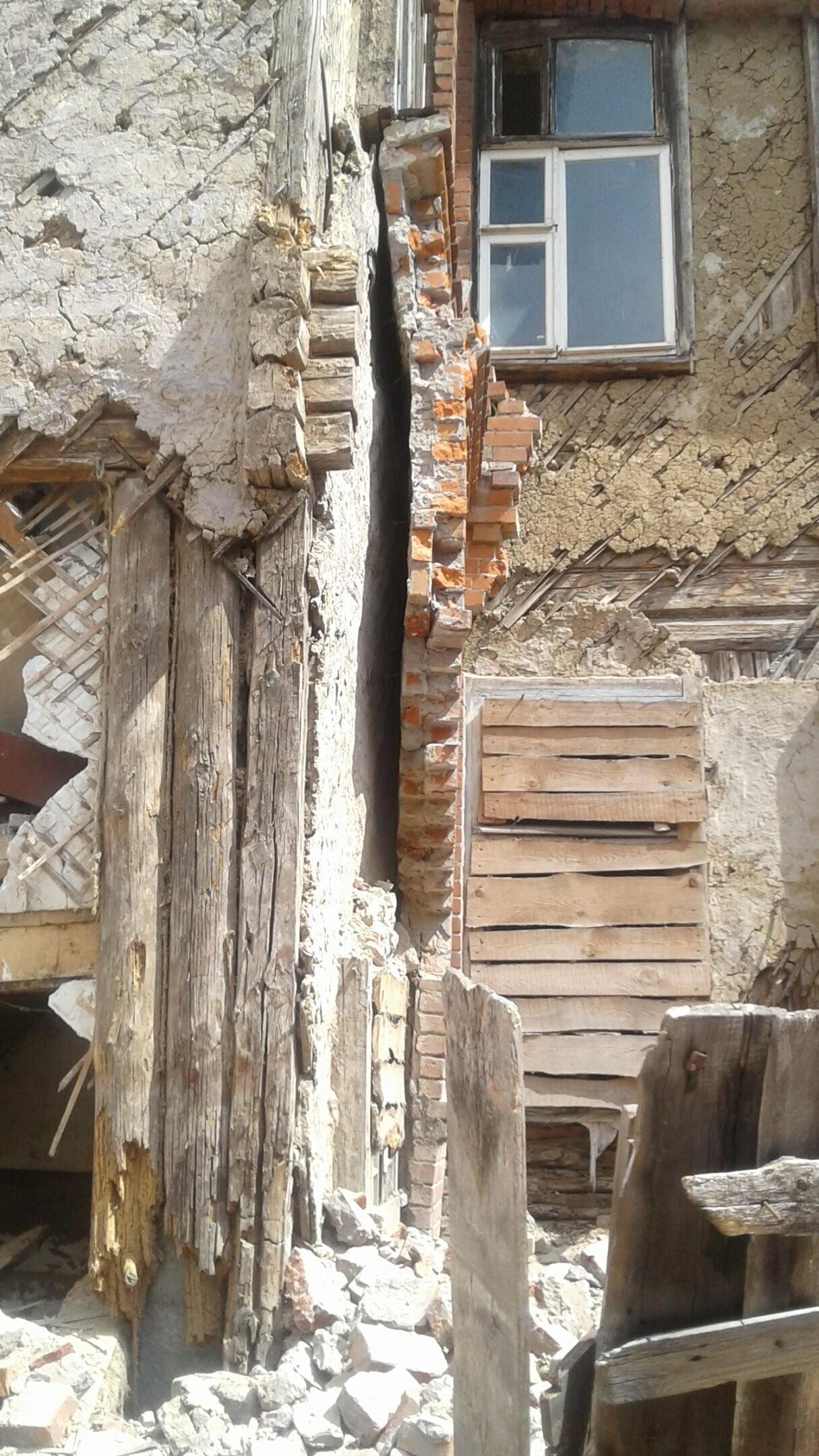 В центре Тамбова разваливается дом-памятник, фото-2