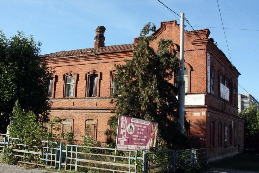 Здание бывшего тамбовского ДОСААФ «укроют» на зиму, фото-1