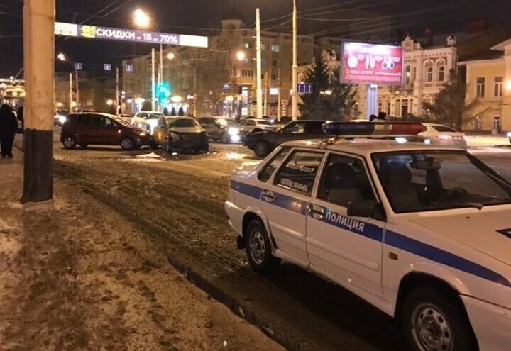 6 декабря на Интернациональной в Тамбове произошло массовое ДТП, фото-4