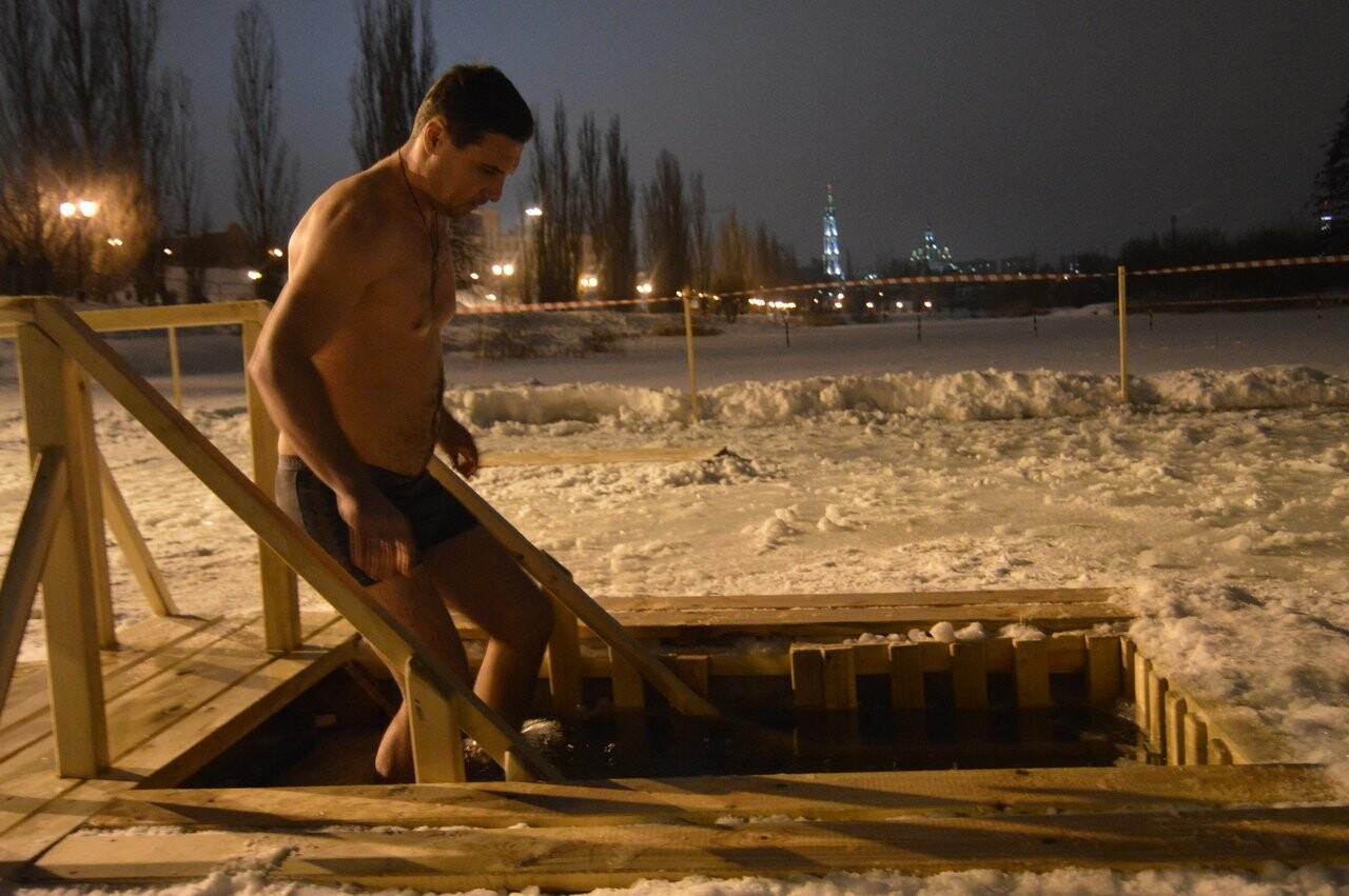 В Тамбове начались крещенские купания в проруби , фото-7