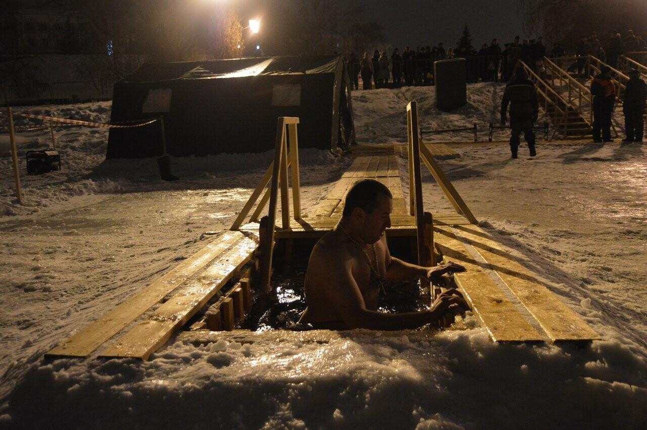 В Тамбове начались крещенские купания в проруби , фото-14
