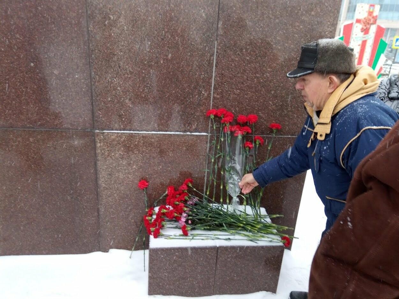 Тамбовские коммунисты почтили память вождя мирового пролетариата, фото-4
