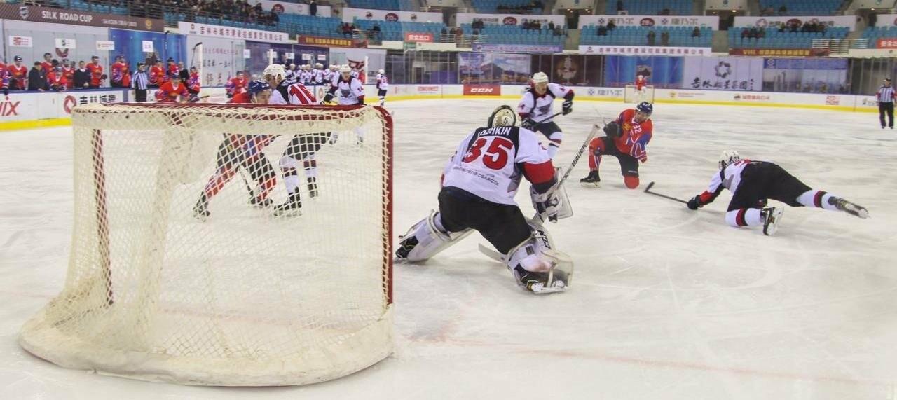 ХК «Тамбов» проиграл первый заграничный матч, фото-1