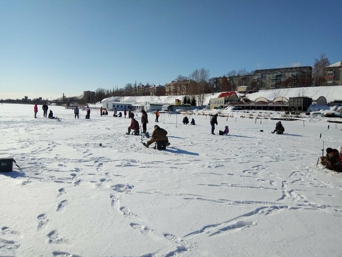 Ни хвоста, ни чешуи: в Тамбове провели детские соревнования по зимней рыбалке, фото-7