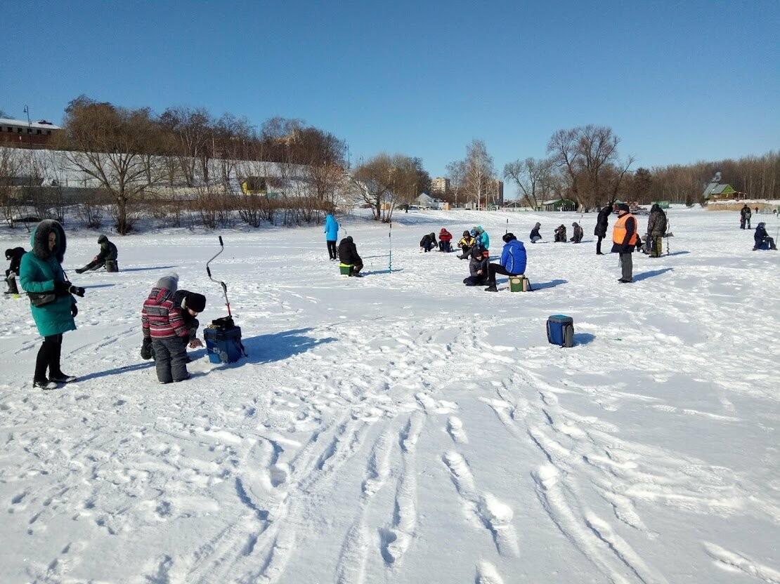 Ни хвоста, ни чешуи: в Тамбове провели детские соревнования по зимней рыбалке, фото-8