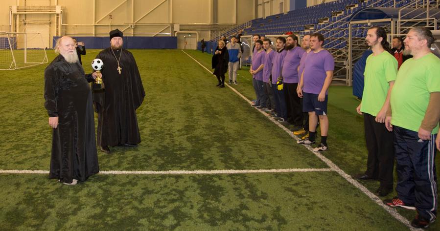 В Тамбове провели первый футбольный турнир среди священников, фото-1