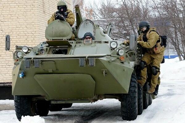 Тамбовский спецназ УФСИН освободил врачей, которых заключенные взяли в «заложники», фото-2