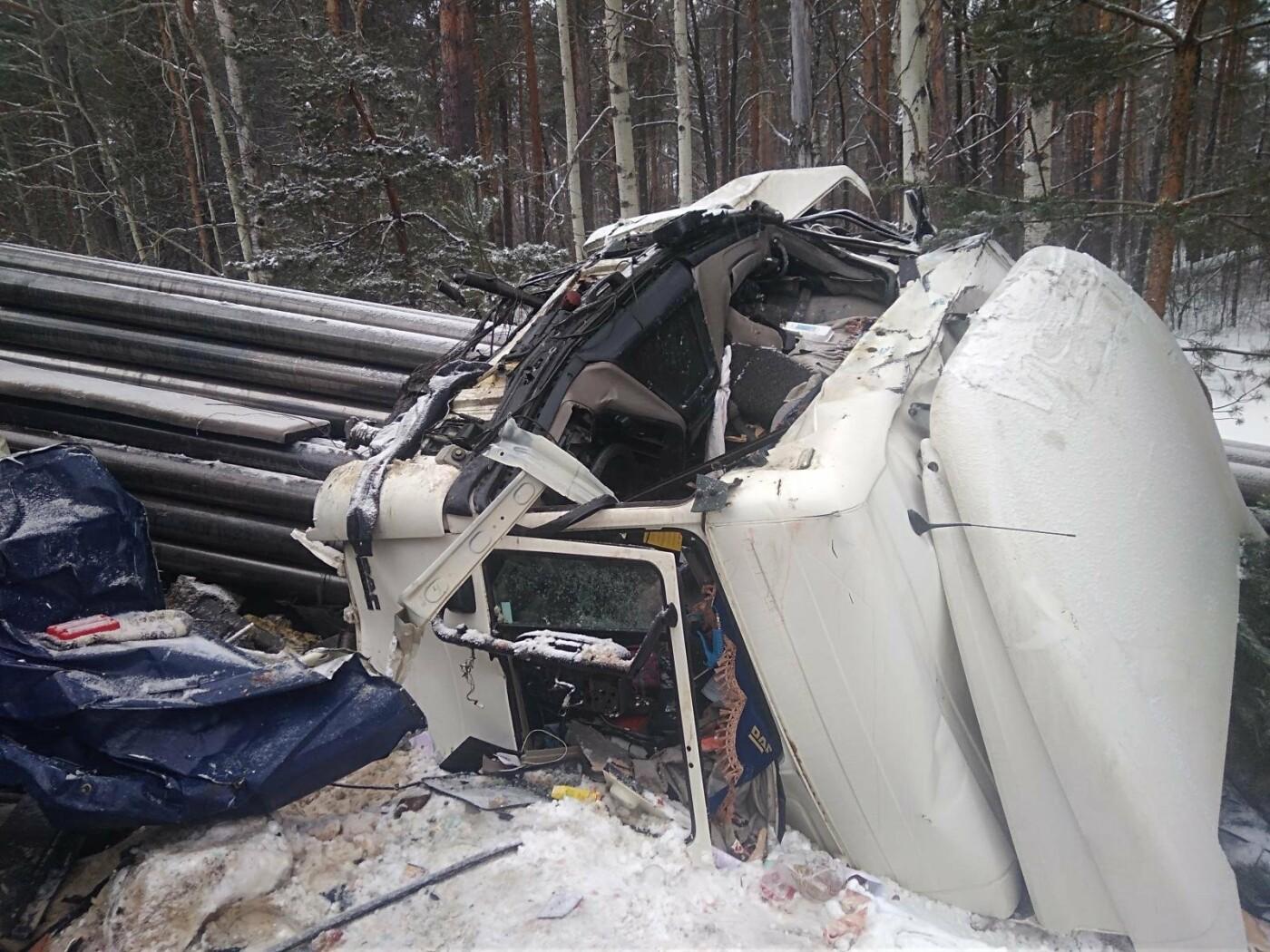 На Северном обходе Тамбова столкнулись две фуры: водители госпитализированы, фото-2