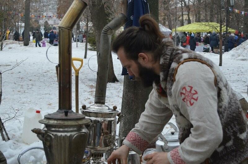 Тысячи тамбовчан отметили широкую Масленицу в Парке культуры, фото-5
