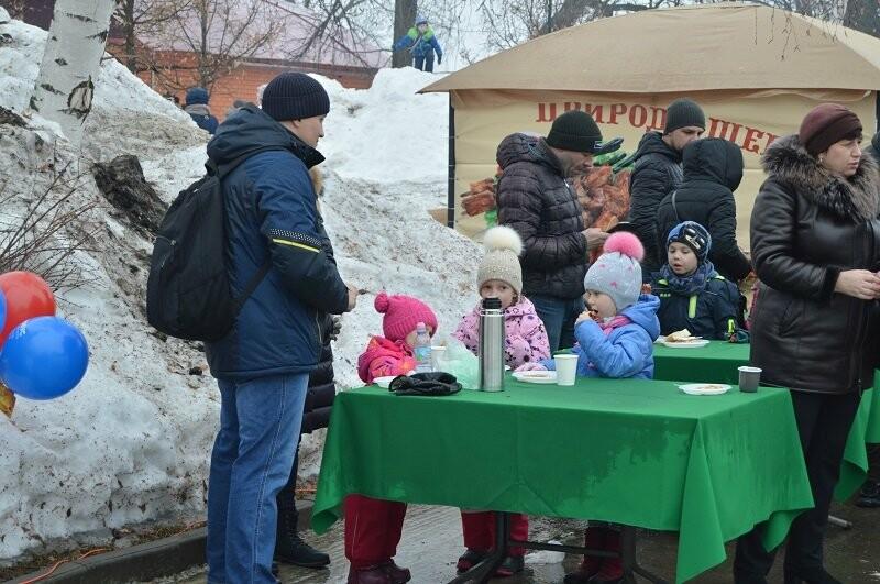 Тысячи тамбовчан отметили широкую Масленицу в Парке культуры, фото-11