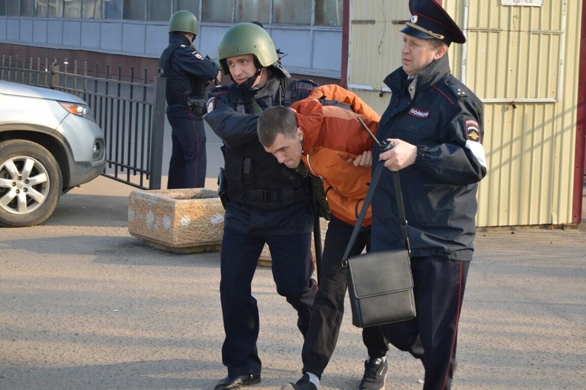 Террористы захватили один из корпусов ТГТУ. В заложниках студенты и преподаватели, фото-8