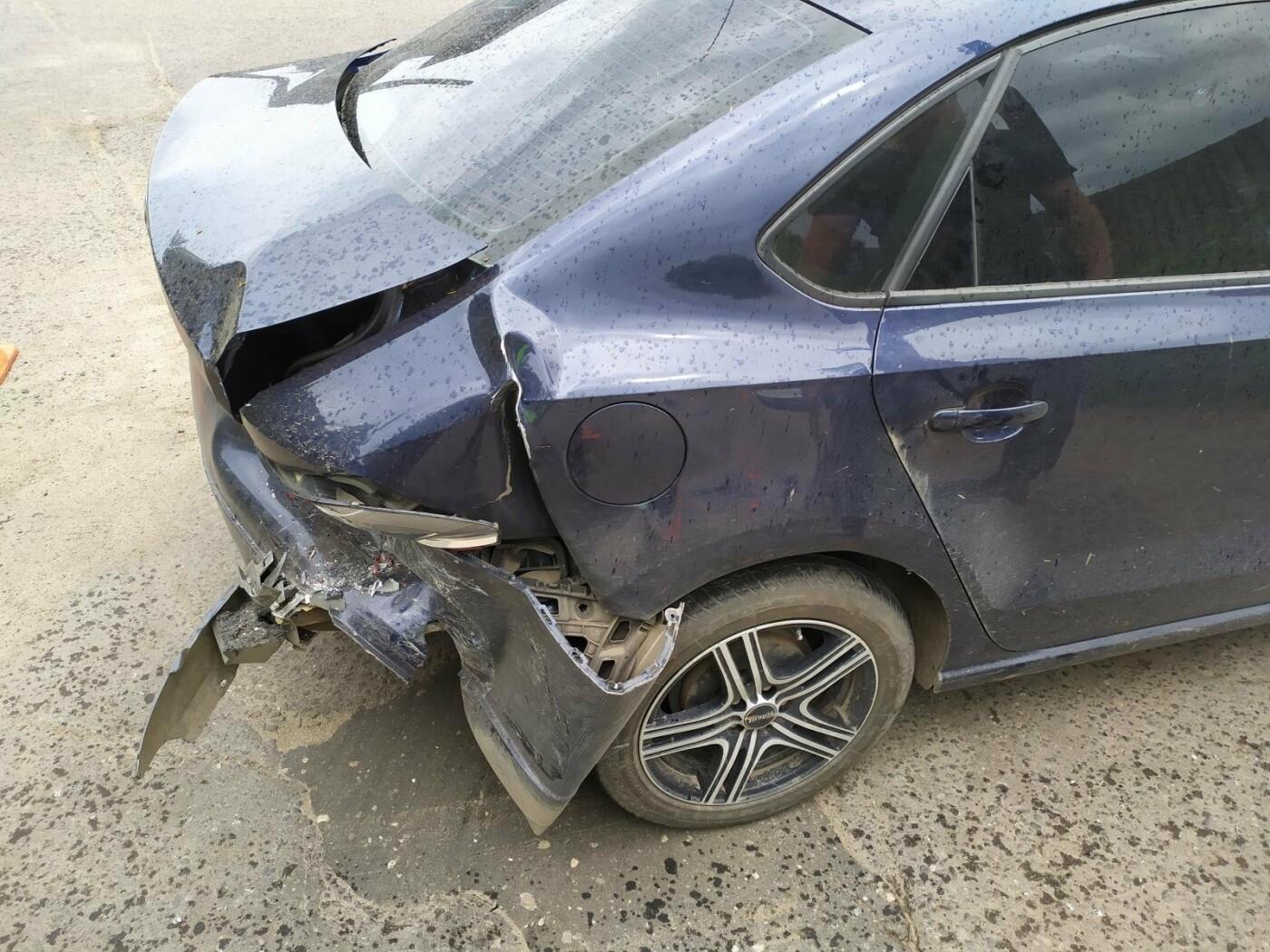 В Мичуринске при столкновении «Лады» и «Фольксвагена» пострадали двое детей, фото-2