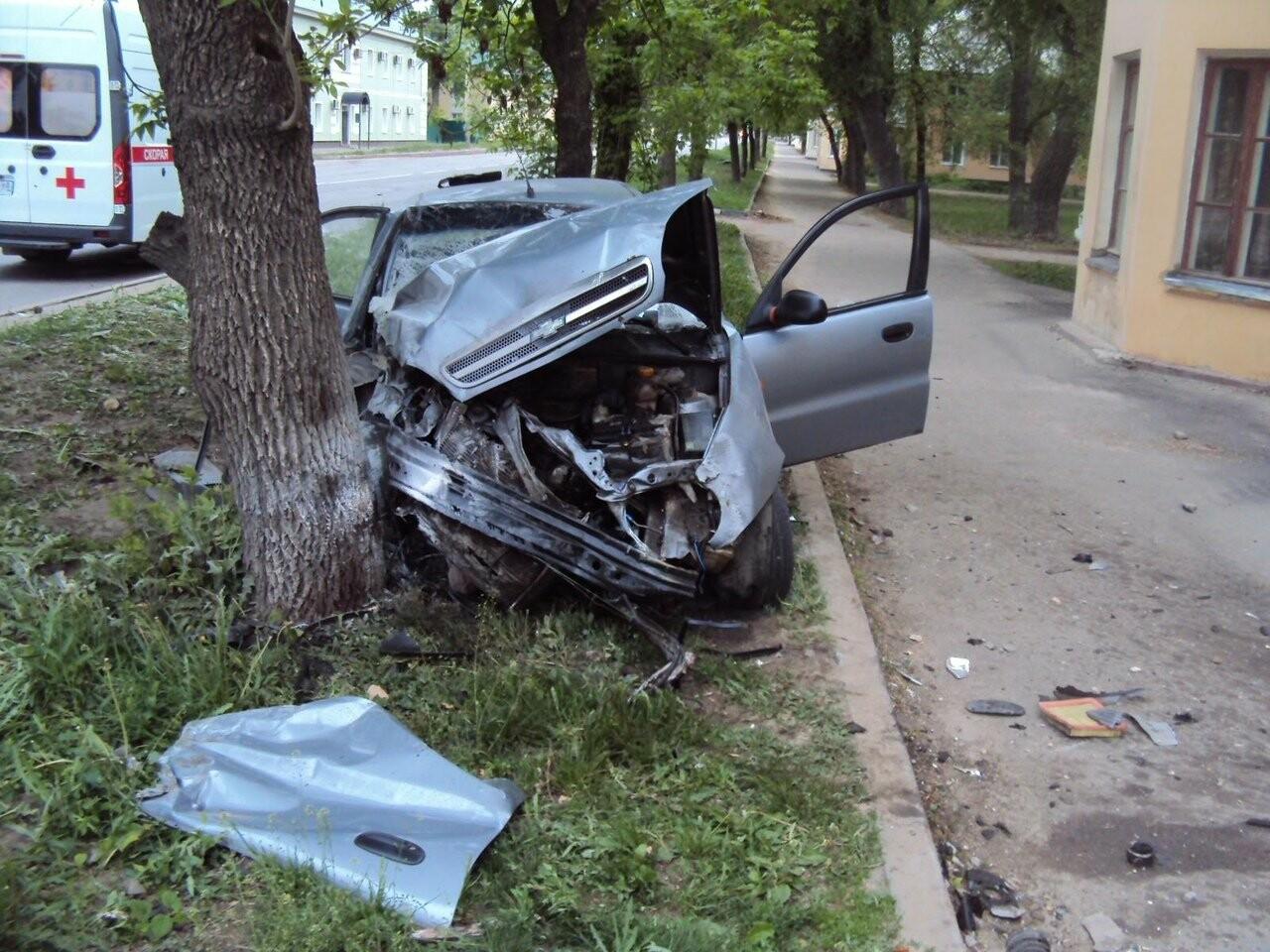 Нетрезвый тамбовский водитель протаранил дом на Карла Маркса. Подробности., фото-1