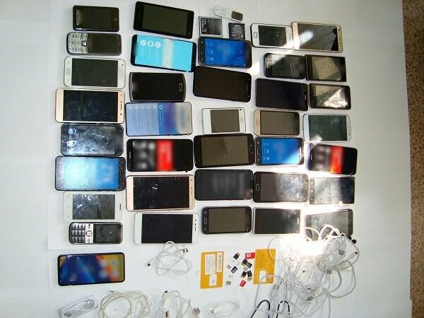 В тамбовскую тюрьму пытались пронести аудиоколонки с крупной партией запрещенных предметов, фото-1