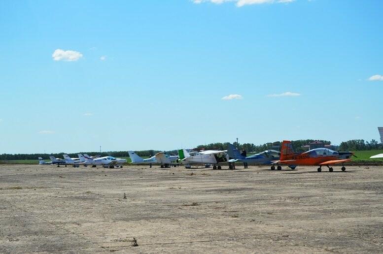 Тысячи тамбовчан посетили аэрофестиваль в Мичуринске, фото-3