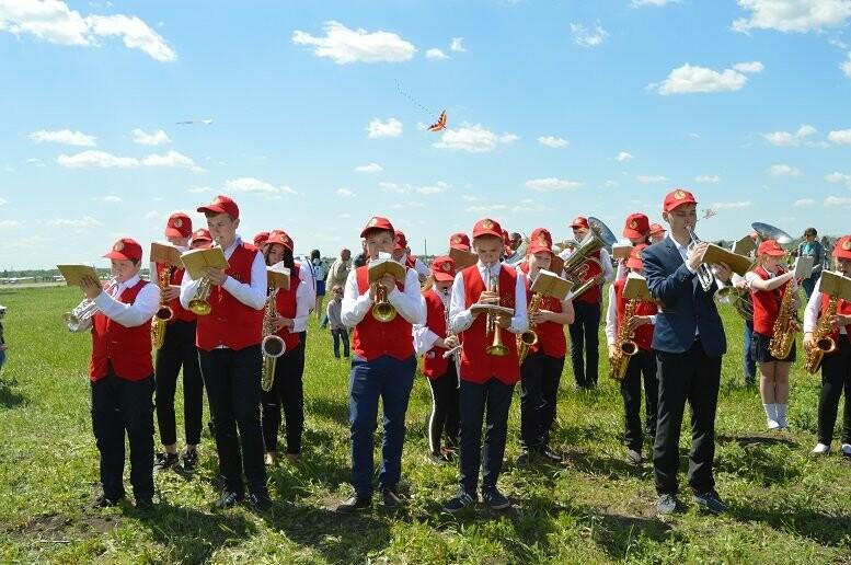 Тысячи тамбовчан посетили аэрофестиваль в Мичуринске, фото-21