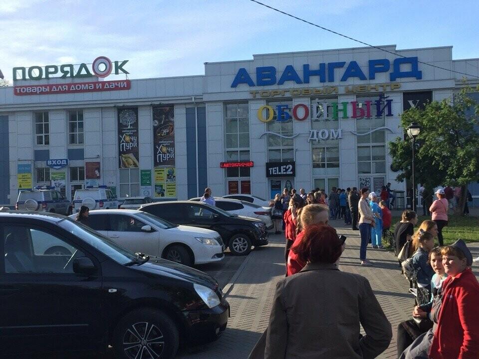 В Тамбове экстренно эвакуировали людей из ТЦ, автовокзалов и аэропорта. ВИДЕО, фото-1