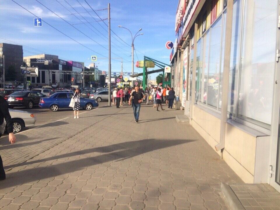 В Тамбове спецслужбы проверили ТЦ, автовокзалы и аэропорт: взрывных устройств не обнаружили, фото-1
