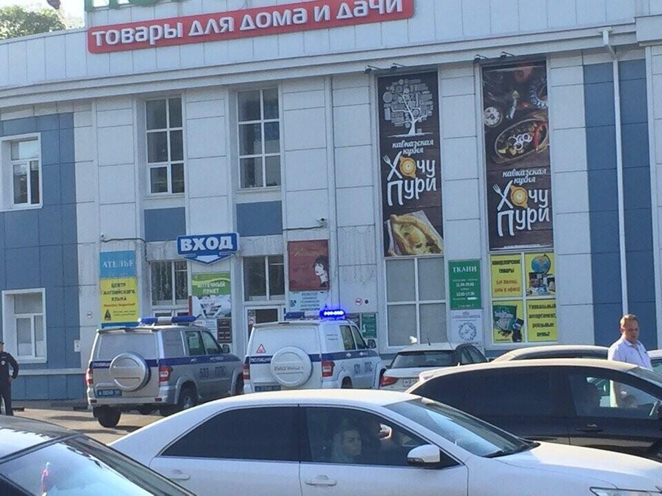 В Тамбове спецслужбы проверили ТЦ, автовокзалы и аэропорт: взрывных устройств не обнаружили, фото-2