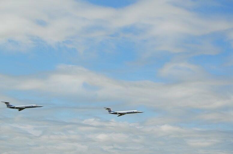 Фигуры высшего пилотажа, воздушный бой и выставка техники - фотообзор авиашоу в Тамбове, фото-11