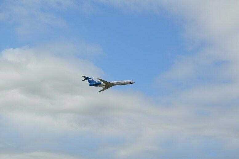 Фигуры высшего пилотажа, воздушный бой и выставка техники - фотообзор авиашоу в Тамбове, фото-12